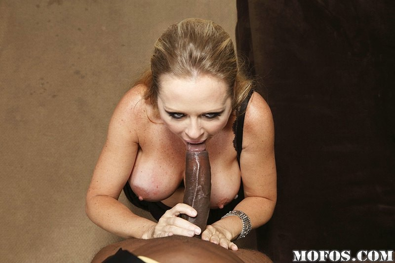Dyanna Lauren Black Porn Pics